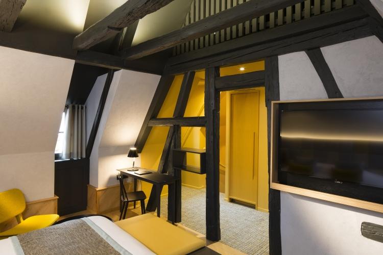 Frög architecture | 07RT / Hôtel Le Colombier suite 02 | © ChristopheBielsa
