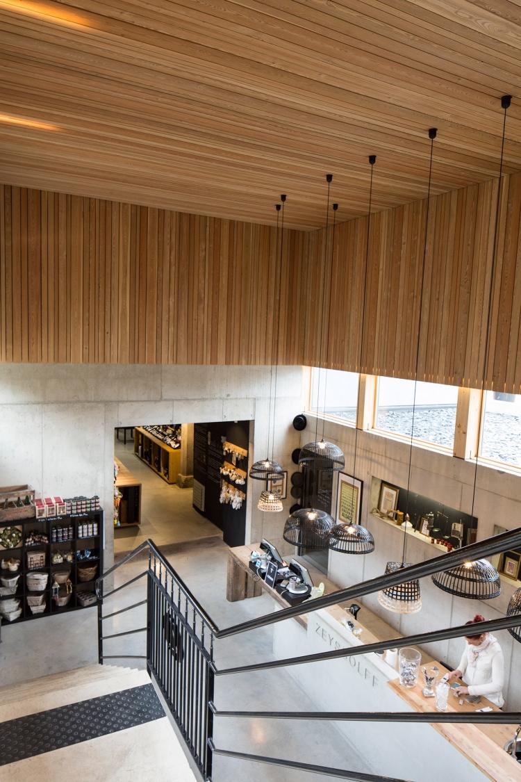 Frög architecture | 156RDS / Extension d'un chai | © Marie Prunier